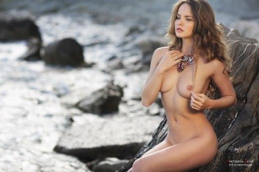 Model: Kristina Yakimova - Photo: Viktoria Ivanenko
